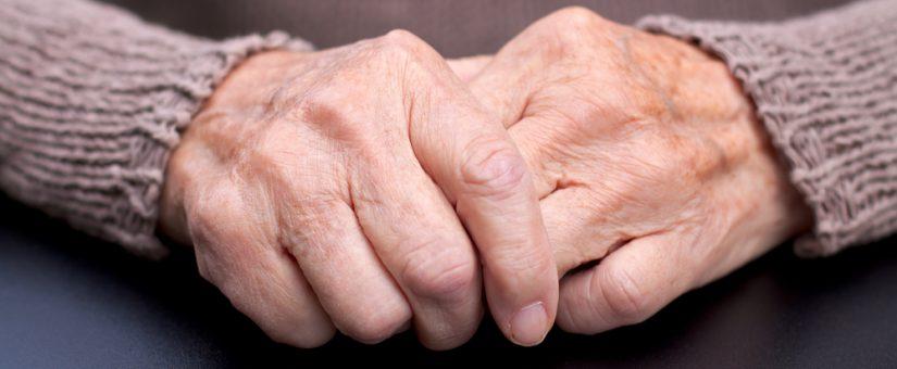 Alzheimer pode ser detectado no início sem procedimentos dolorosos