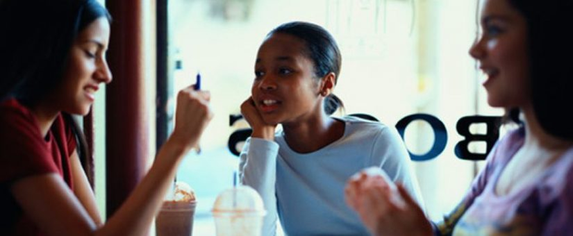 OMS pede mais atenção médica aos adolescentes