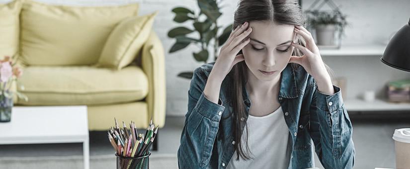 Dor de cabeça crônica diária: características e pontos de atenção